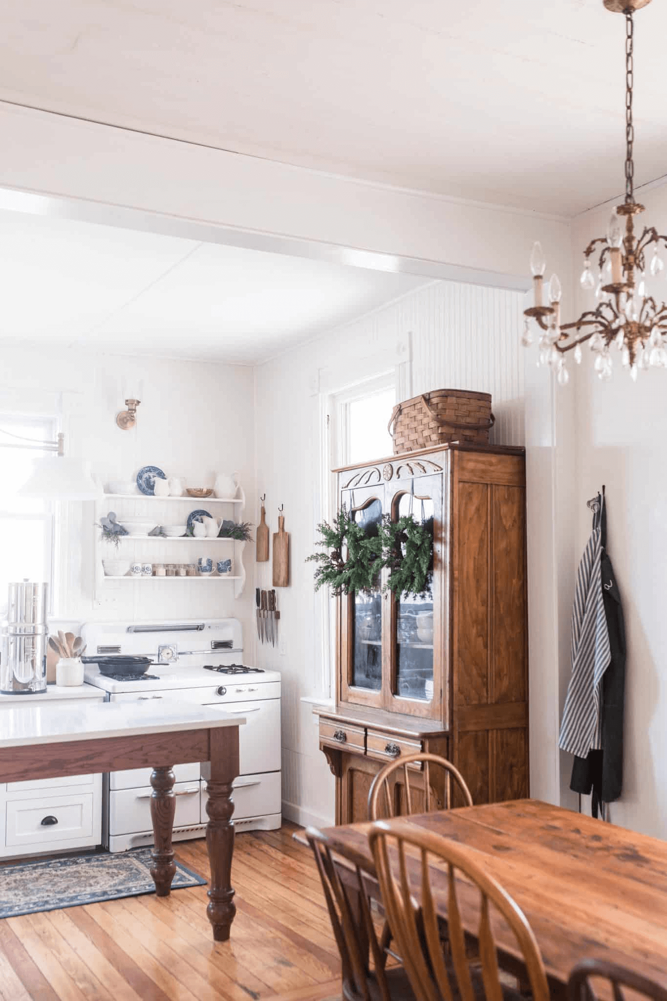 this is an example that farmhouse decor from the Farmhouse on Boone on Pinterest