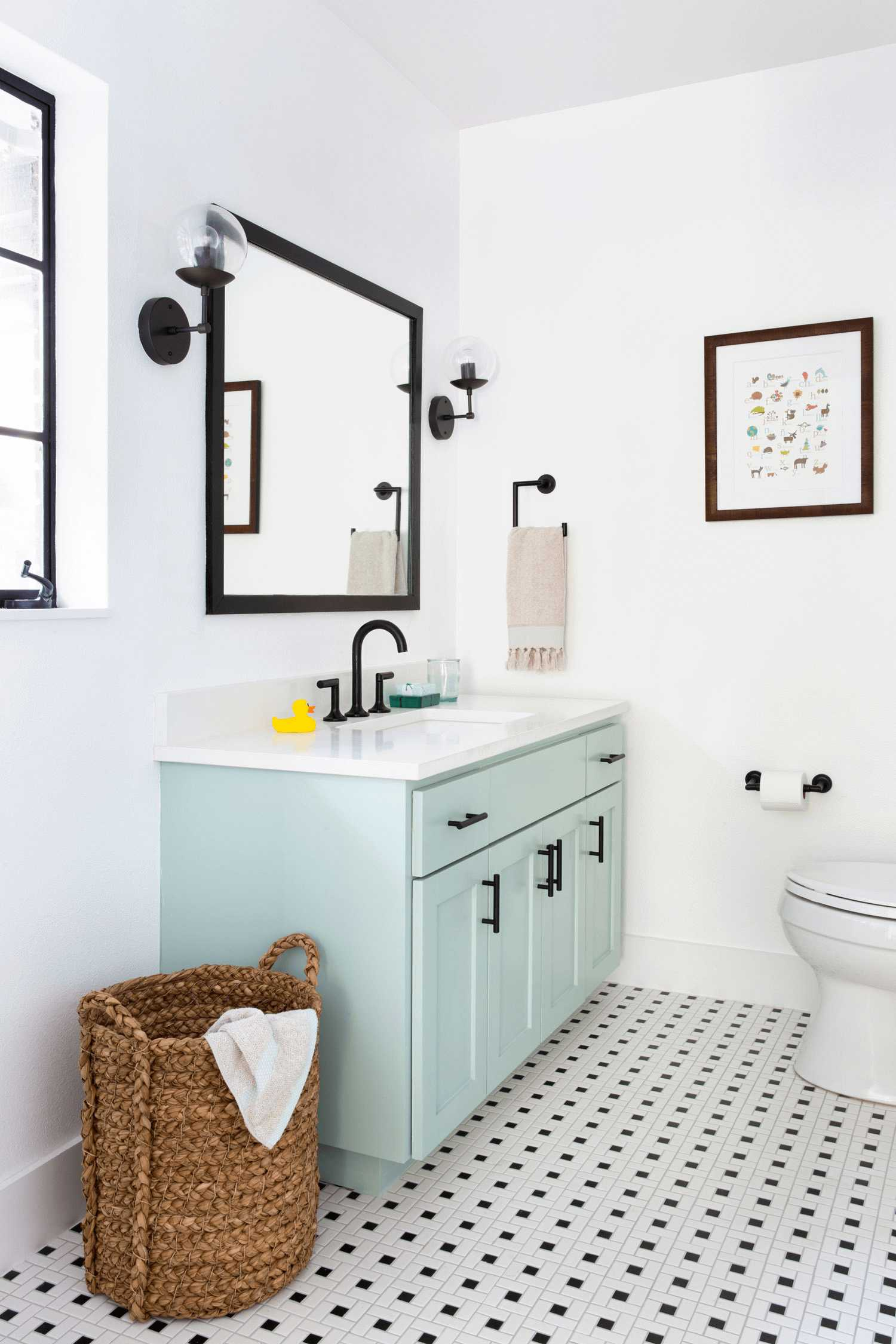 this-is-a-bathroom-showcasing-the-best-aspects-of-mid-century-modern-through-use-of-colours