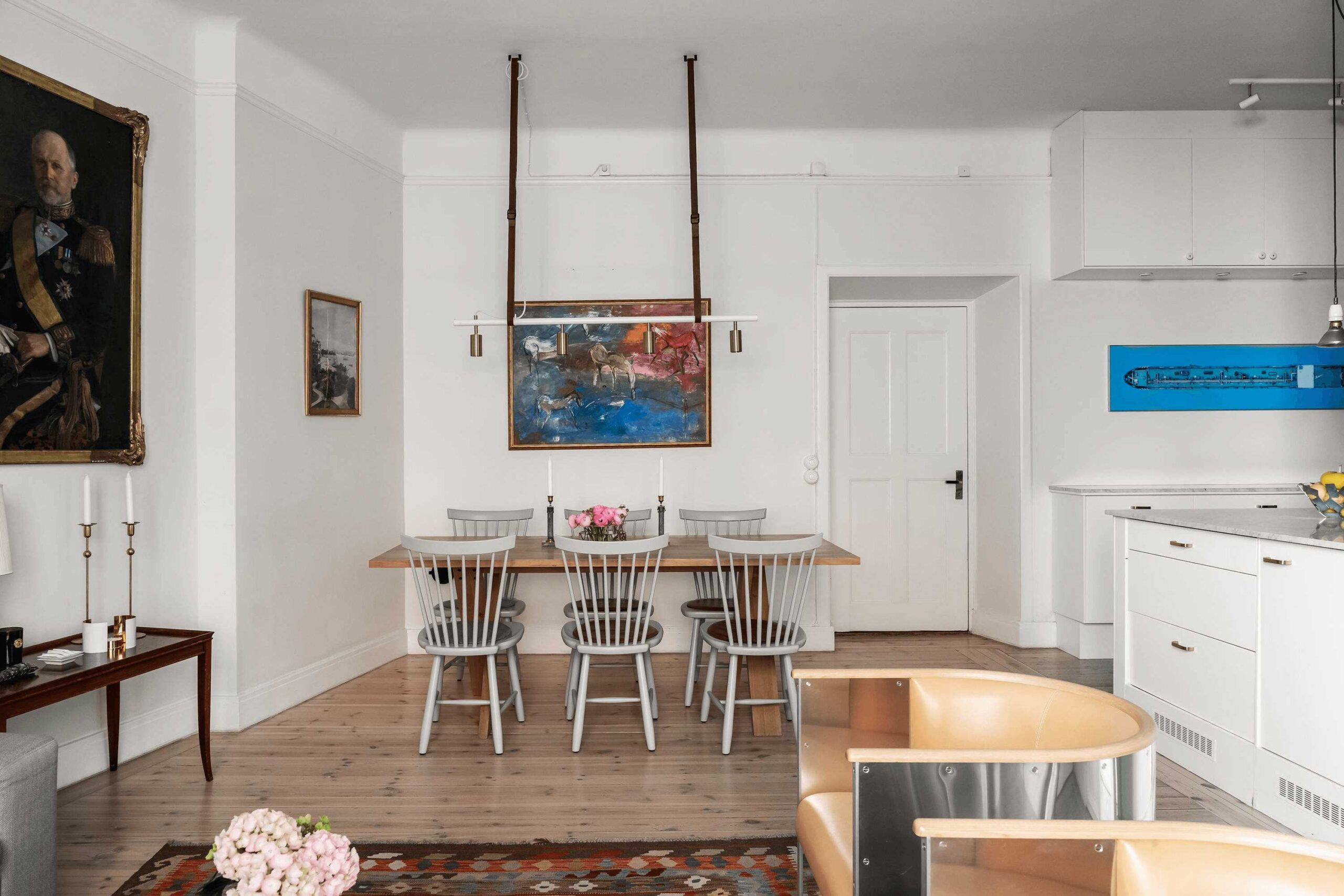 this-is-art-inspired-Scandinavian-style-apartment-with-gallery-wall-and-white-cabinets