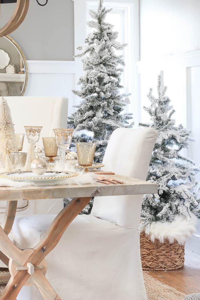 this is a winter wonderland inspired tablescape