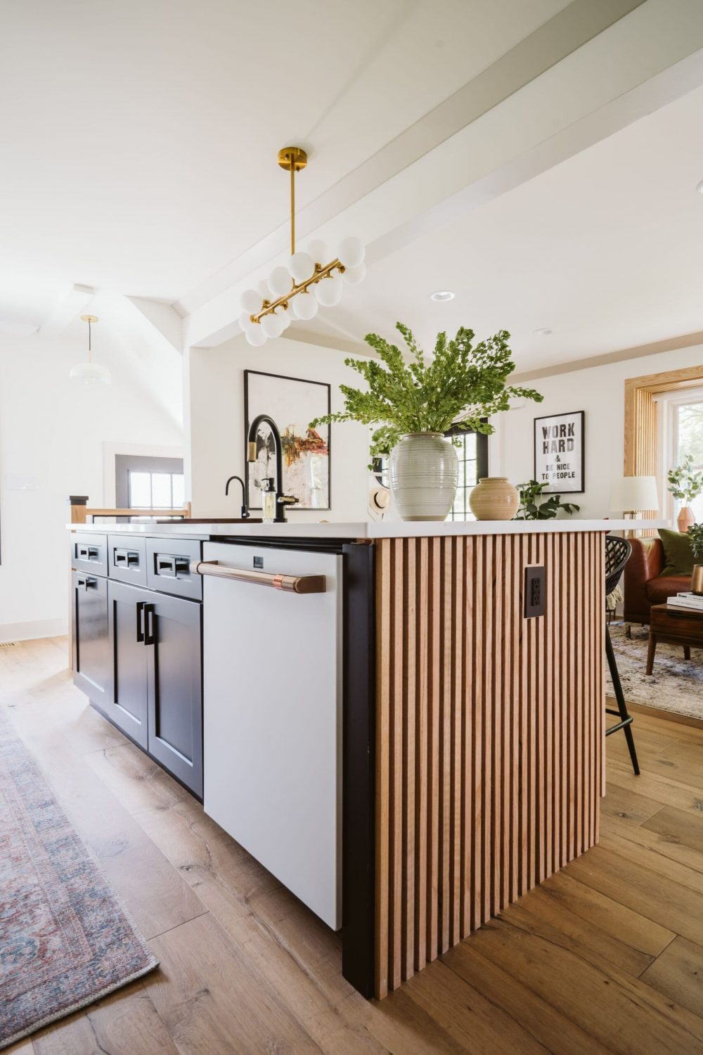 Mixing metals in the kitchen? 4 design tips to remember